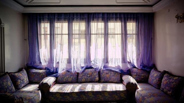 להתאים וילון לעיצוב הסלון
